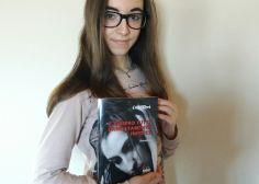 """Bullismo: """"Mi dicevano ucciditi, invece ho scritto un libro"""". La rivincita di Erika, 16enne vittima dei bulli"""